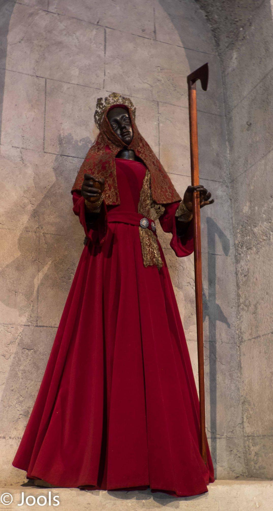 Dressed Statue Havanna-2 lowres