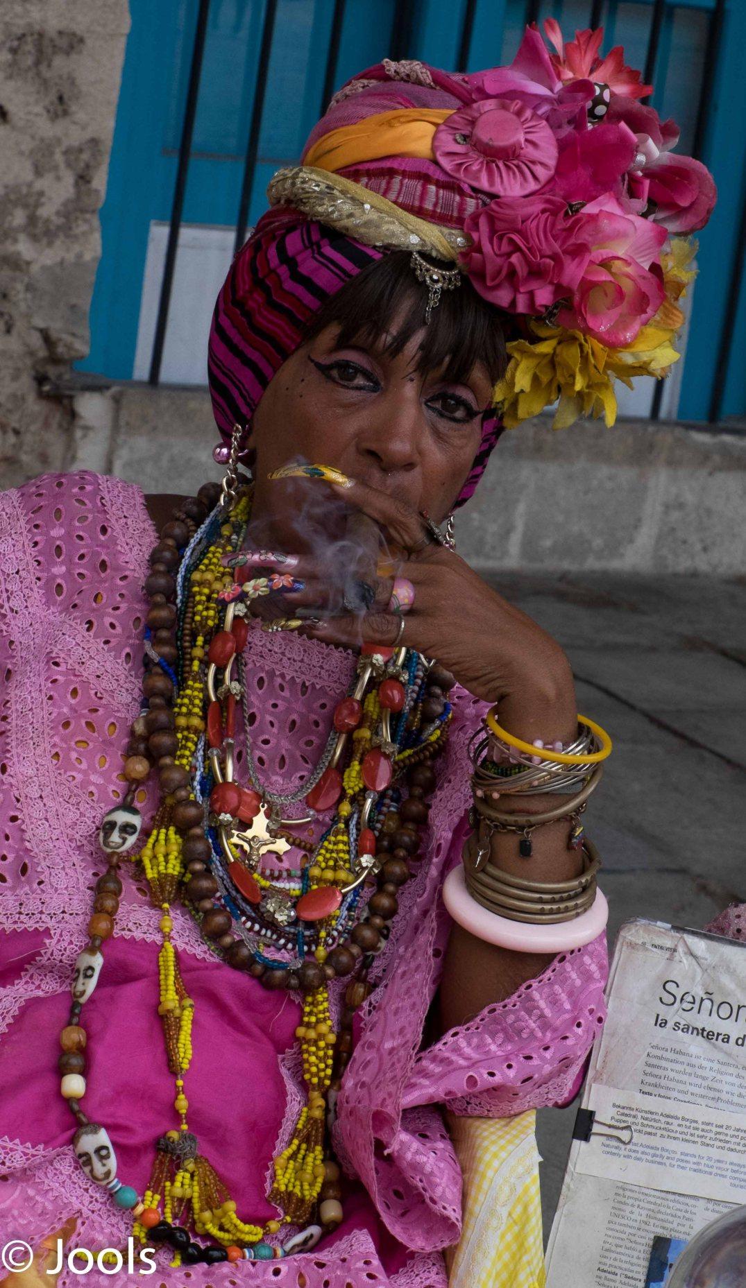 Havana Senora Cuba lowres